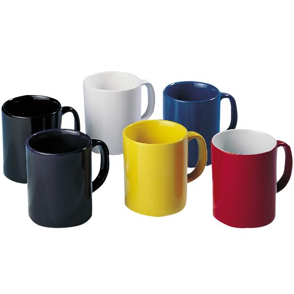 Krüge, Gläser, Becher und Tassen